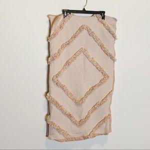 Anthropologie Bedding - Anthropologie Textured Corell King Shams Pink